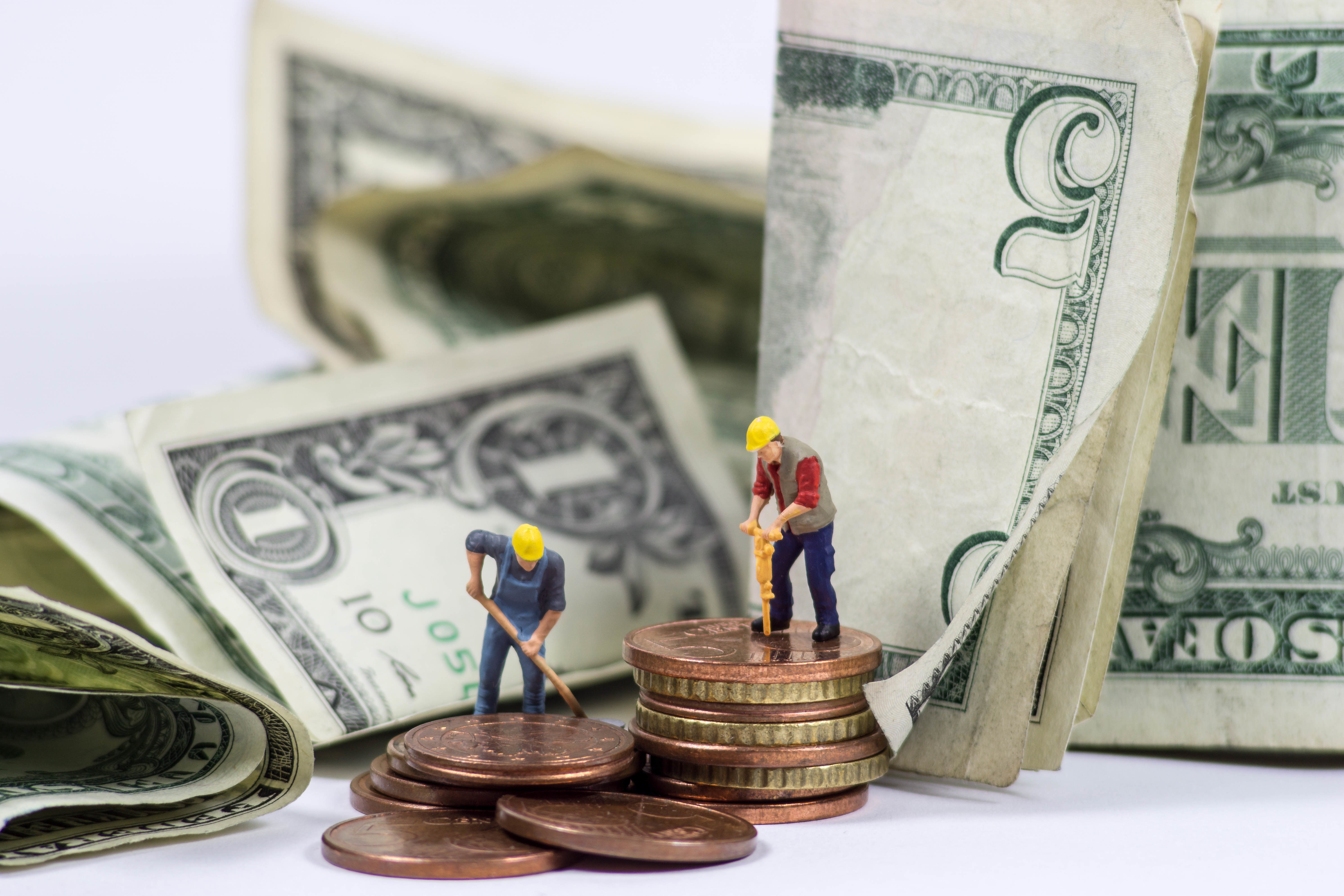 5 Ways the Earned Income Tax Credit Can Build Assets